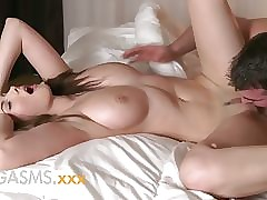 beautiful sex movies : huge boob porn
